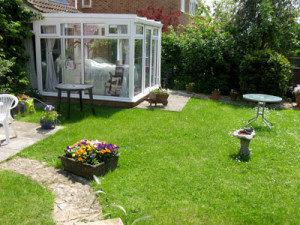 Garden Room / Therapy Room - Camelot Retreat - Accommodation in Glastonbury